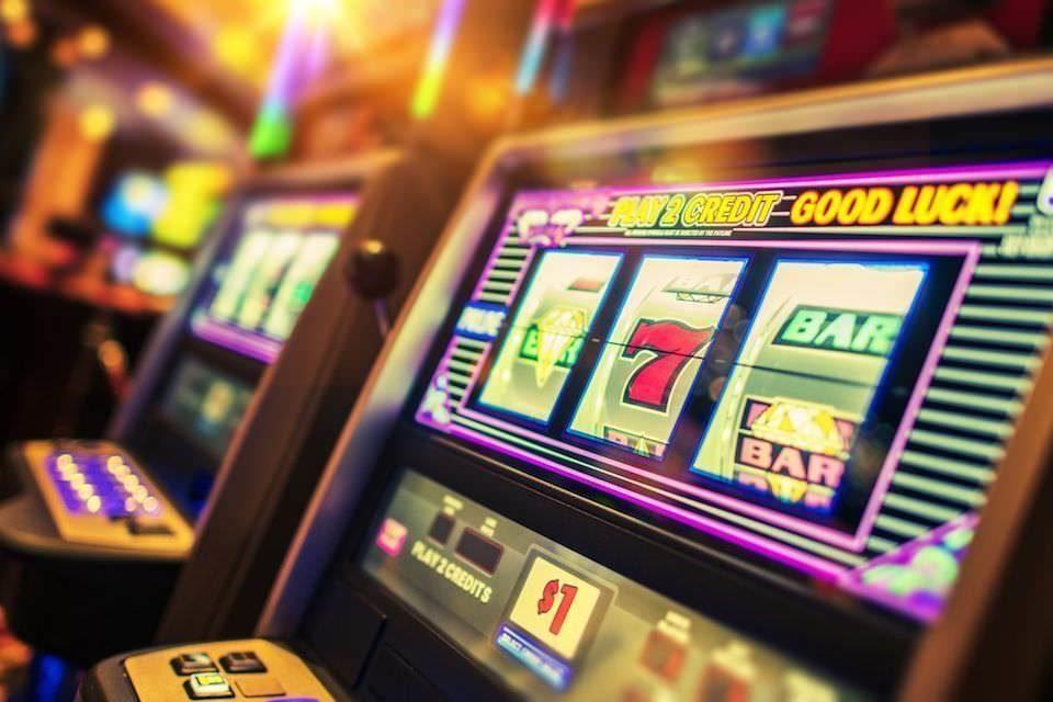 Игровые автоматы навязывают игрокам свою привлекательность с помощью звуков • Stereo.ru